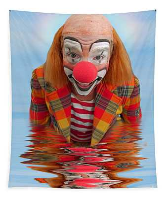 Happy Clown A173323 5x7 Tapestry