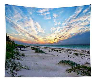 Harbor Island Sunset Tapestry