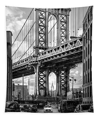 Iconic Manhattan Bw Tapestry