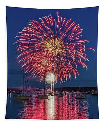 Independence Day Fireworks In Boothbay Harbor Tapestry