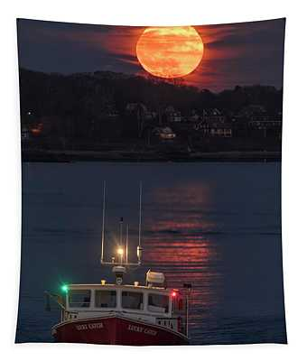Lucky Catch And Full Frost Moon Tapestry