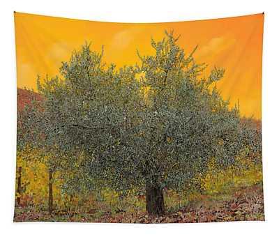 L'ulivo Tra Le Vigne Tapestry