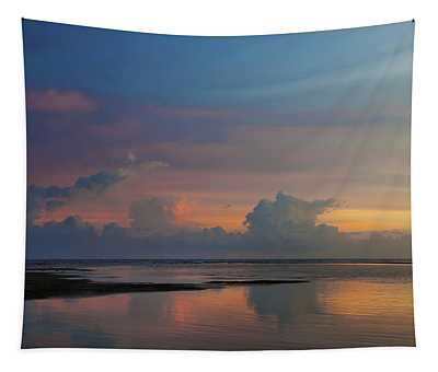 Majestic Rise Tapestry