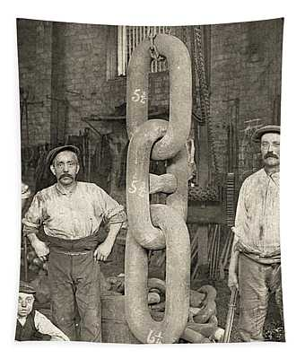 Making The Titanic's Anchor Chain At Hingley And Sons Tapestry