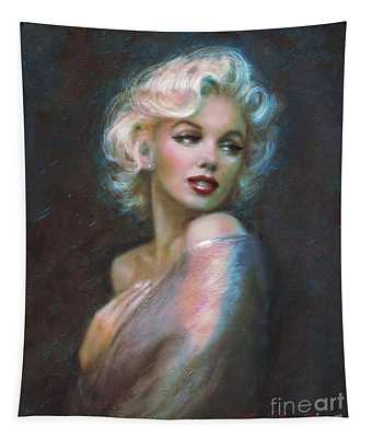 Marilyn Romantic Ww Dark Blue Tapestry