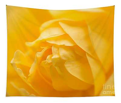 Mellow Yellow Rose Tapestry