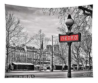Metro Pont Marie Tapestry