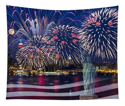 Nyc Fourth Of July Celebration Tapestry