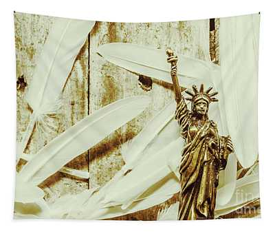 Old-fashioned Statue Of Liberty Monument Tapestry