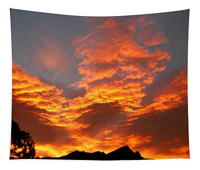 Palisade Sunrise Tapestry