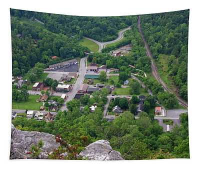 Pinnacle Overlook In Kentucky Tapestry