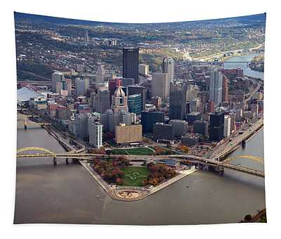Pittsburgh 8 In Color  Tapestry
