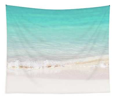 Pristine Water And White Sand Tapestry