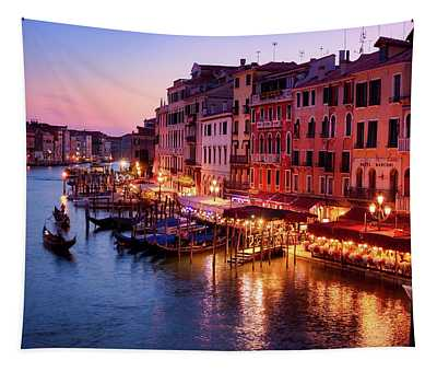 Cityscape From The Rialto In Venice, Italy Tapestry