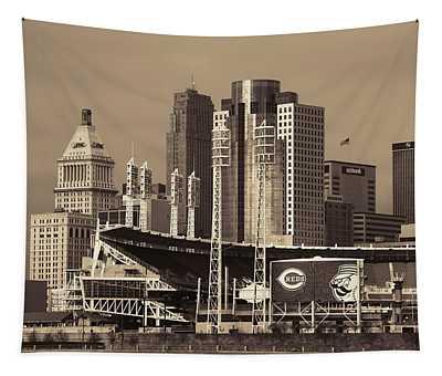 Retro Cincinnati Ohio Tapestry
