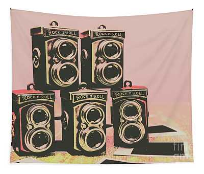Retro Photo Camera Pop Art  Tapestry
