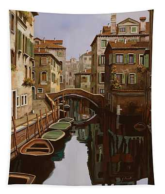 Riflesso Scuro Tapestry