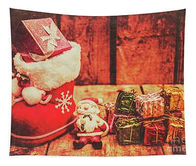 Rustic Xmas Decorations Tapestry