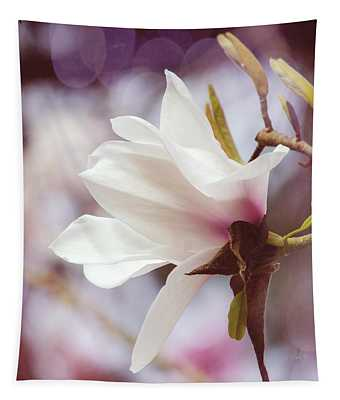 Single White Magnolia Tapestry