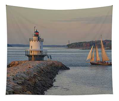 Sprint Point Ledge Sails Tapestry