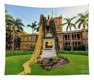 Statue Of, King Kamehameha The Great Tapestry
