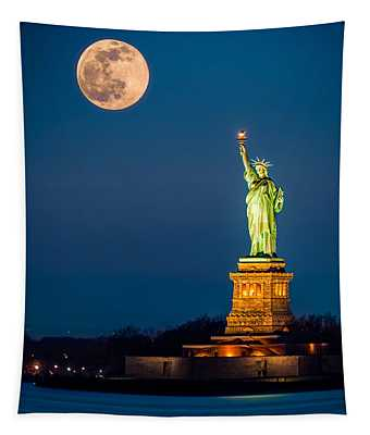 Statue Of Liberty And A Rising Supermoon In New York City Tapestry