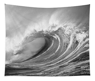 Storm Wave - Bw Tapestry