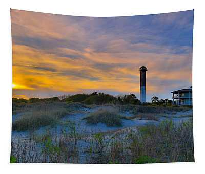 Sullivan's Island Lighthouse At Dusk - Sullivan's Island Sc Tapestry
