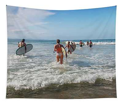 Summer Days Byron Waves Tapestry