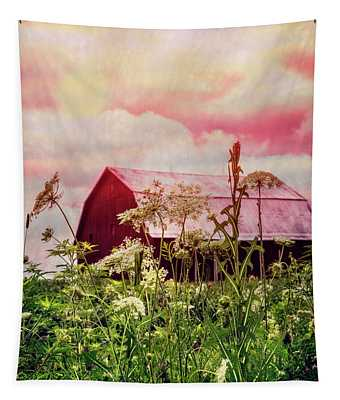 Sunlit Queen Anne's Lace Tapestry
