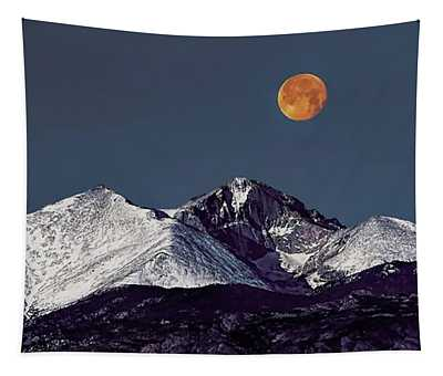 Supermoon Lunar Eclipse Over Longs Peak Tapestry
