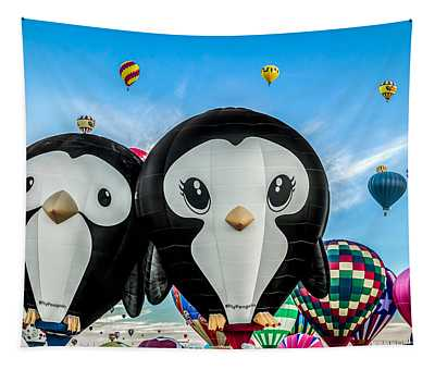 Puddles And Splash - The Penguin Hot Air Balloons Tapestry