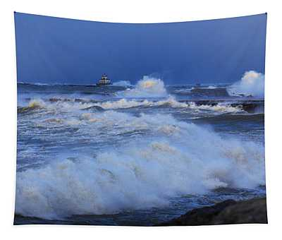 The Waves Of Lake Ontario Tapestry
