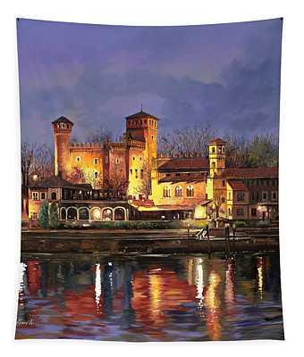 Torino-il Borgo Medioevale Di Notte Tapestry