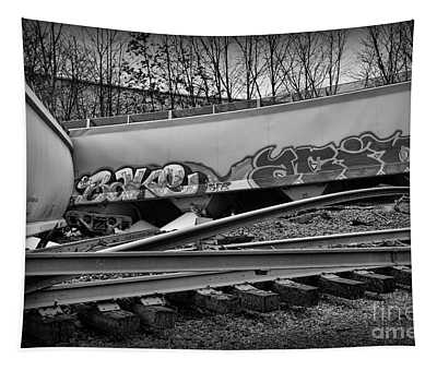 Train Twisted Metal In Black And White Tapestry