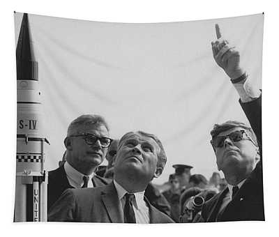 Von Braun And Jfk Looking Towards The Sky Tapestry