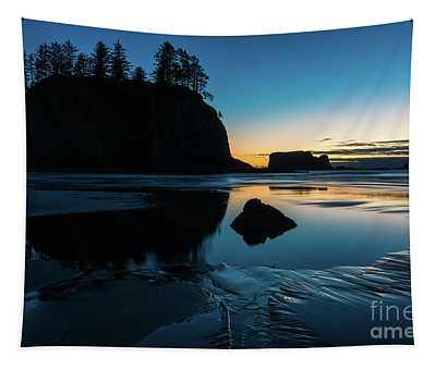 Washington Coast Beach Sunset Edges Of Light Tapestry