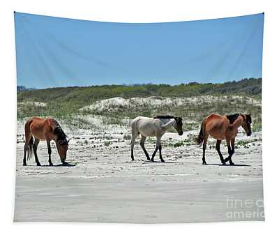 Wild Horses On The Beach Tapestry