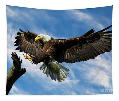 Wings Outstretched Tapestry