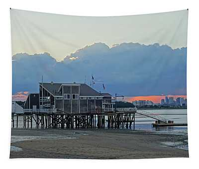 Wollaston Beach Quincy Ma Sunset Boston Skyline Quincy Ma Tapestry