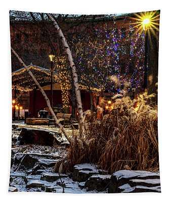033 - Mears In Winter Tapestry