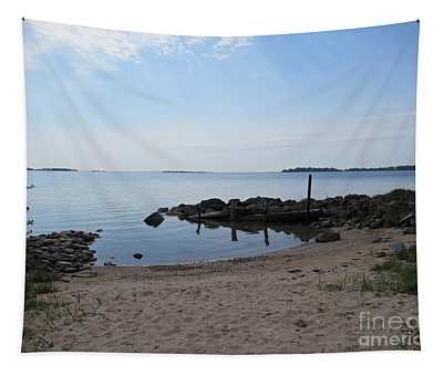 Beach In Riddersholm Naturreservat Tapestry