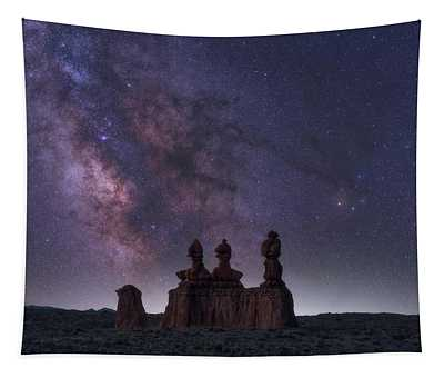 3 Sisters Night Out Tapestry
