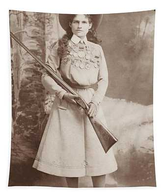 Annie Oakley Holding A Rifle - 1899 Tapestry