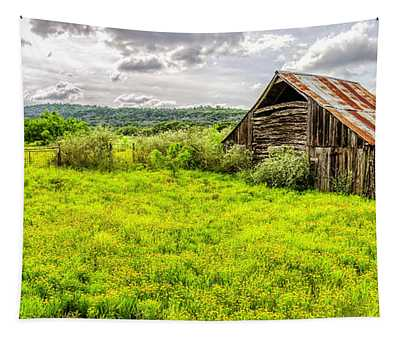 Barn On Click Gap Rd Panorama Hdr Tapestry