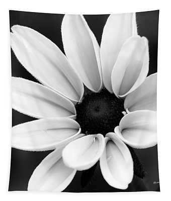 Black And White Daisy Flower Tapestry