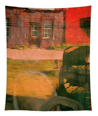 Bodie 4 Tapestry