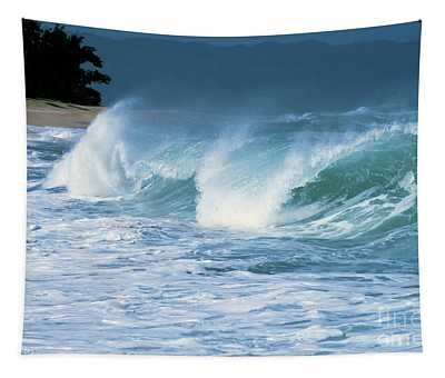 Breaking Wave North Shore Tapestry