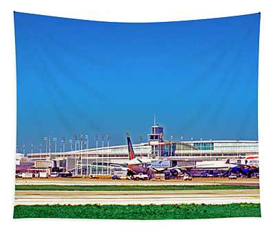 Chicago, International, Terminal Tapestry