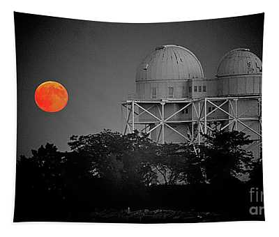Chicago Northwestern University Observitory With Moon  Tapestry